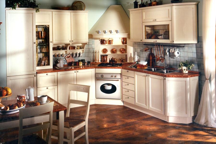 Cucine artigianali su misura in legno massiccio naturale: cucine