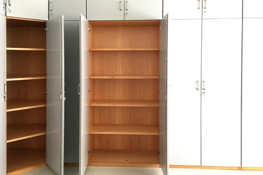 Armadi Archivio Ufficio Legno : Mobili per soggiorno in legno massiccio naturali e originali in