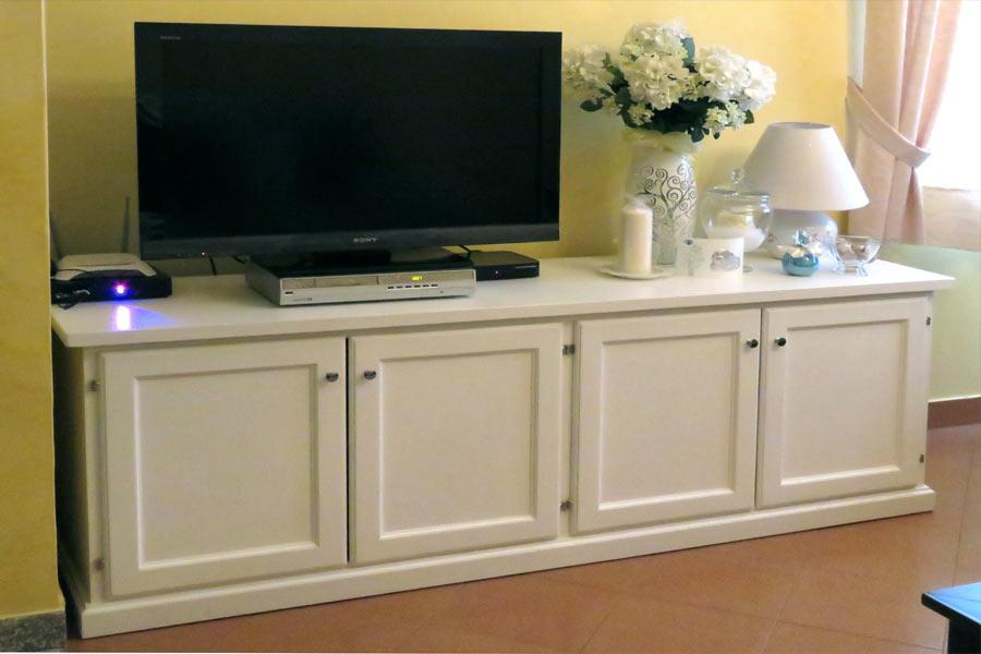 Mobili per soggiorno in legno massiccio, naturali e originali in ...